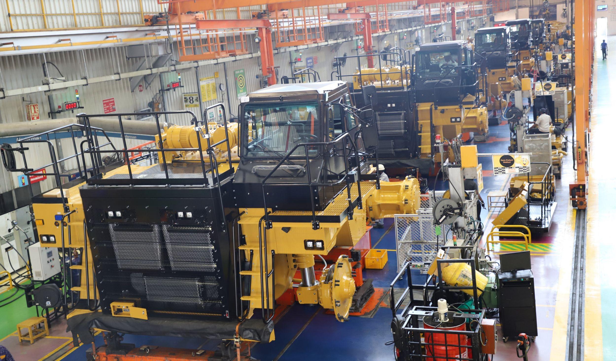 Assemblage de tombereaux de chantier dans notre usine de Thiruvallur.