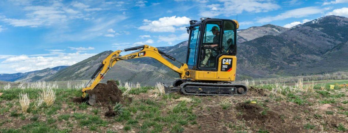 La nuova generazione di mini escavatori Cat® progettati per assicurare un valore ottimale per il cliente