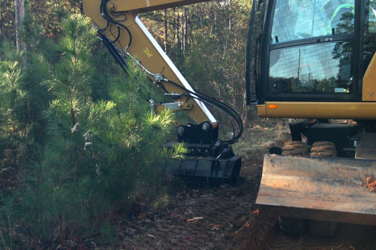 Cat | HM4015 Forestry Mulcher with bite limiter: 575-1211 | Caterpillar