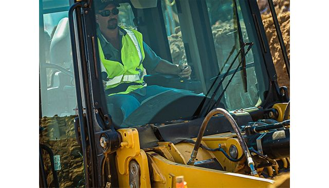 Cat 963K Track Loader - EASY TO OPERATE