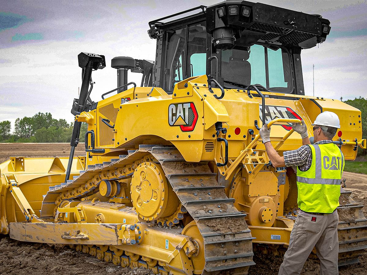Cat D6 Dozer - BUILT-IN SAFETY FEATURES