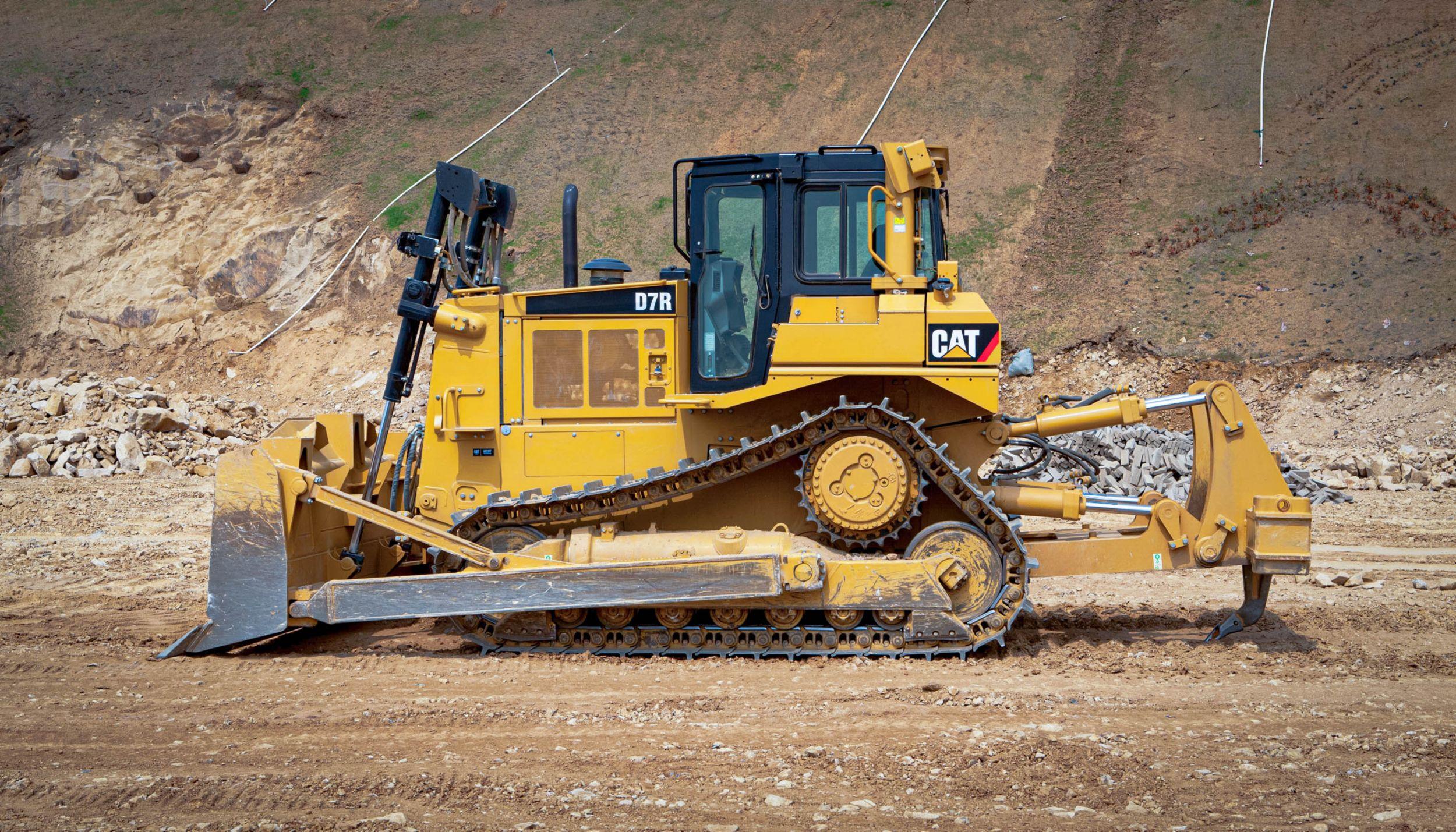 Cat | D7R Dozers | Bulldozers | Crawler Dozers | Caterpillar
