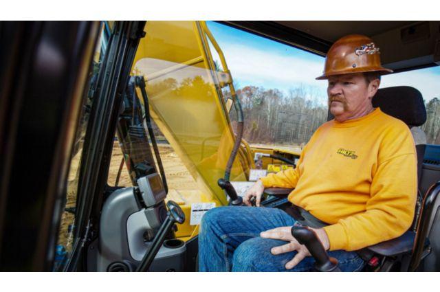 Cat 313F GC Excavator - OPERATOR COMFORT AND CONTROL