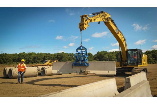 Cat 320 Hydraulic Excavator - SIMPLE TO OPERATE