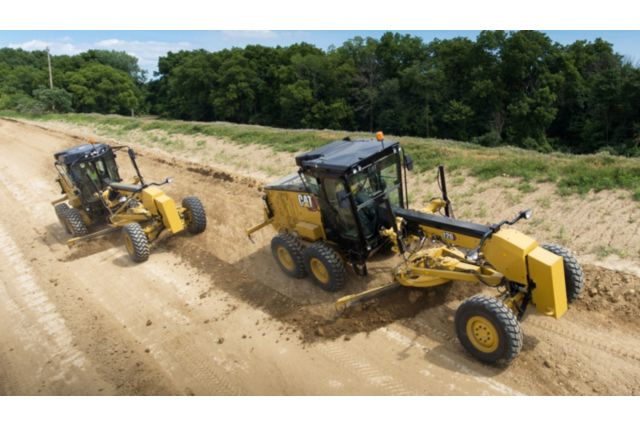 Cat 120 Motor Grader - BUILT-IN SAFETY FEATURES