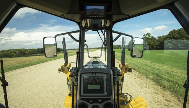 Cat 140 AWD Motor Grader - BETTER COMFORT AND CONTROL