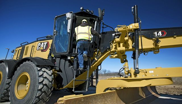 Cat 14 Motor Grader - BUILT-IN SAFETY FEATURES