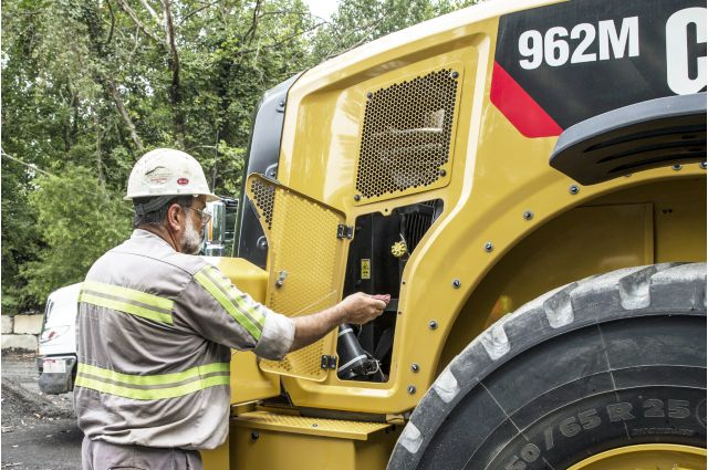 Cat 962M Wheel Loader - SAVE ON SERVICE AND MAINTENANCE