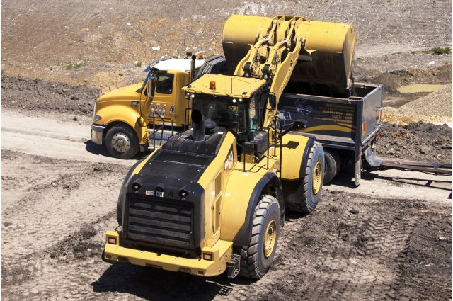 Cat 982M Wheel Loader - BUILT TO PERFORM
