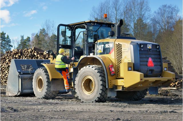Cat 962M Wheel Loader - SAFELY HOME EVERY DAY
