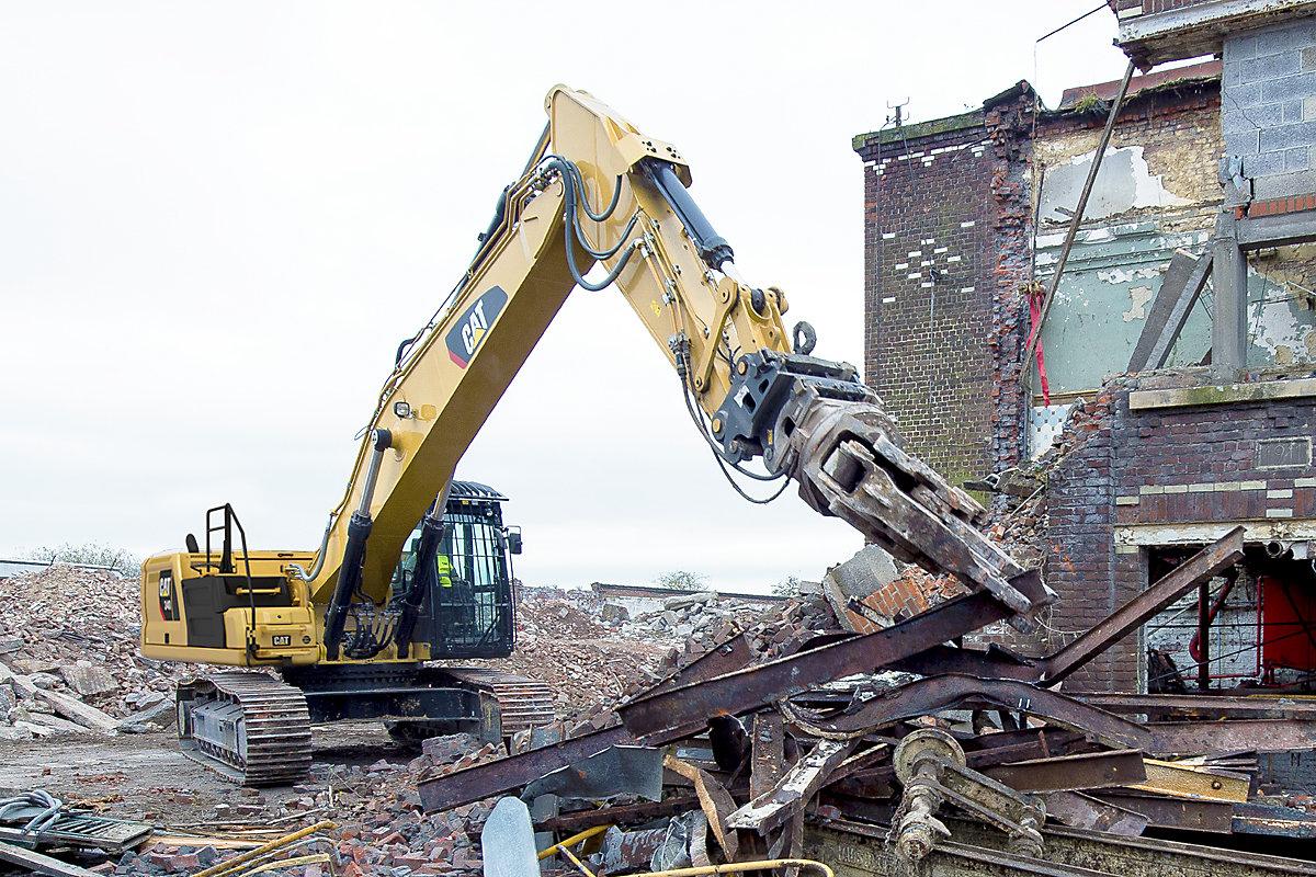 340 Straight Boom Demolition Equipment