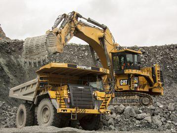Cat Mining Equipment on a jobsite