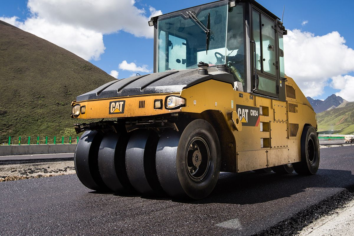 CW34 Rubber Tire Compactor