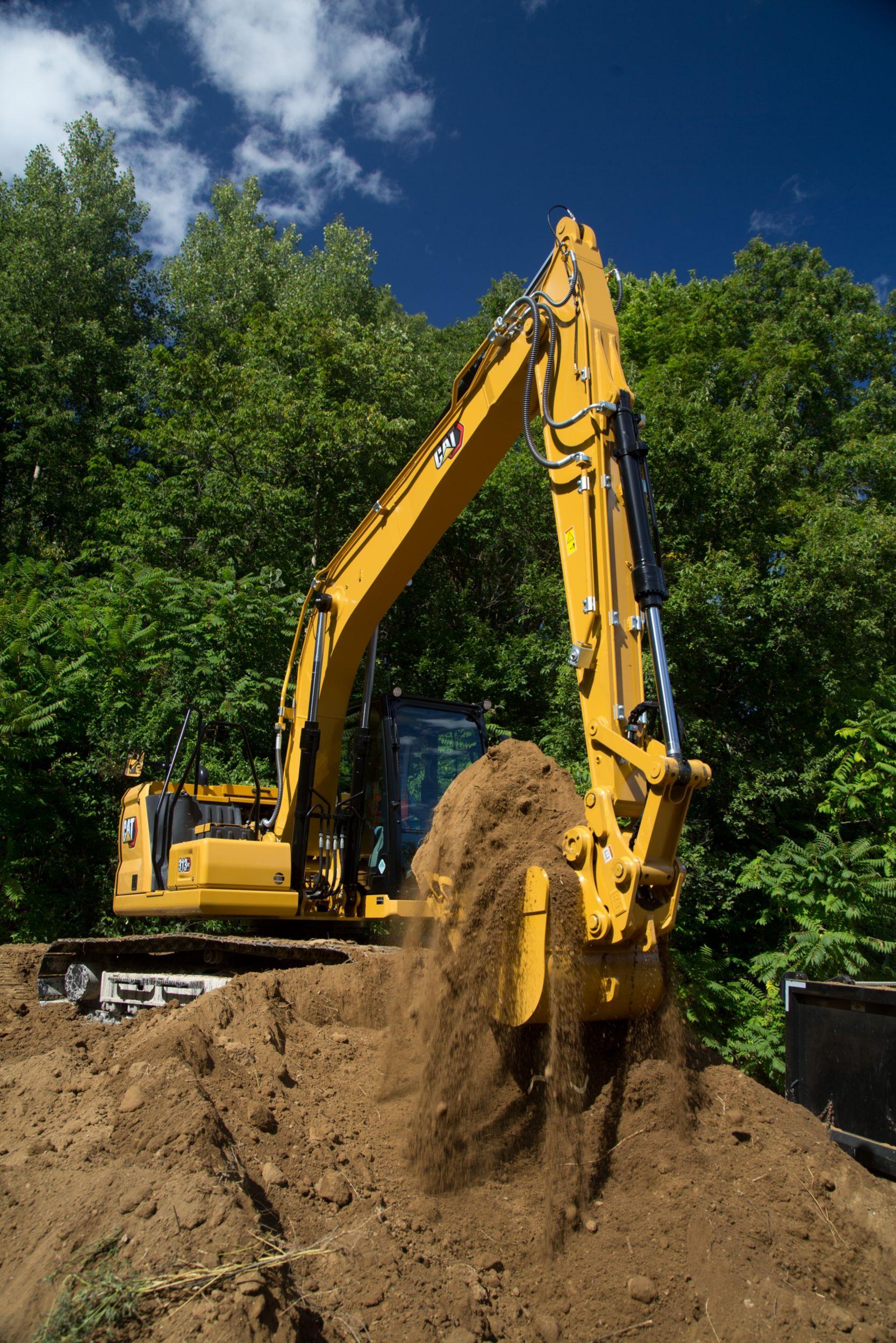 313 GC Bucket Full of Dirt>