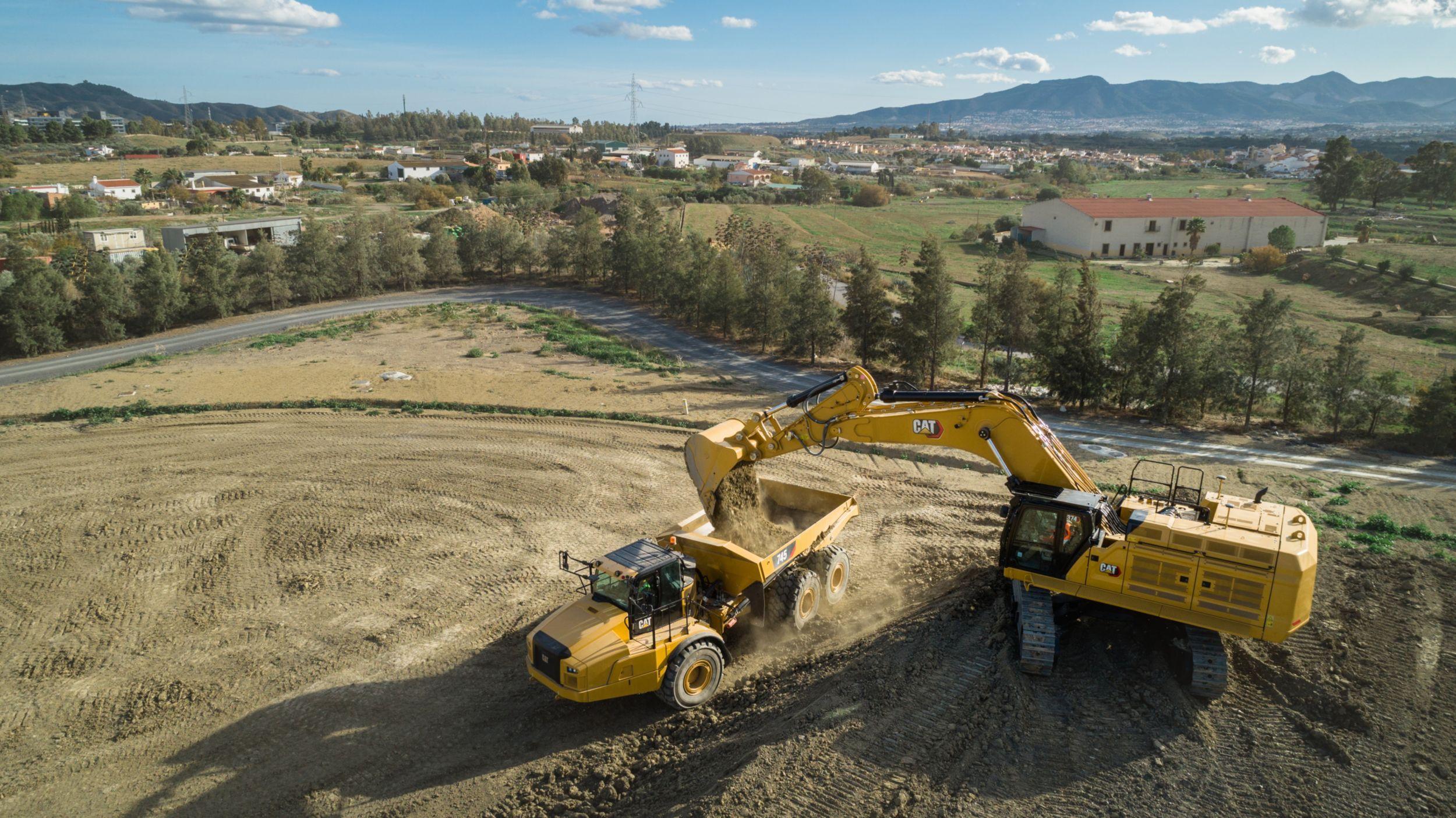 374 Hydaulic Excavator>