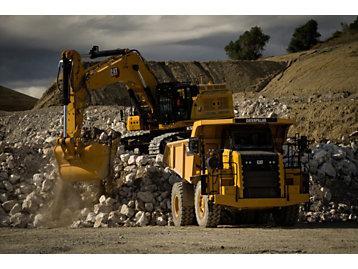 Cat 374 excavator