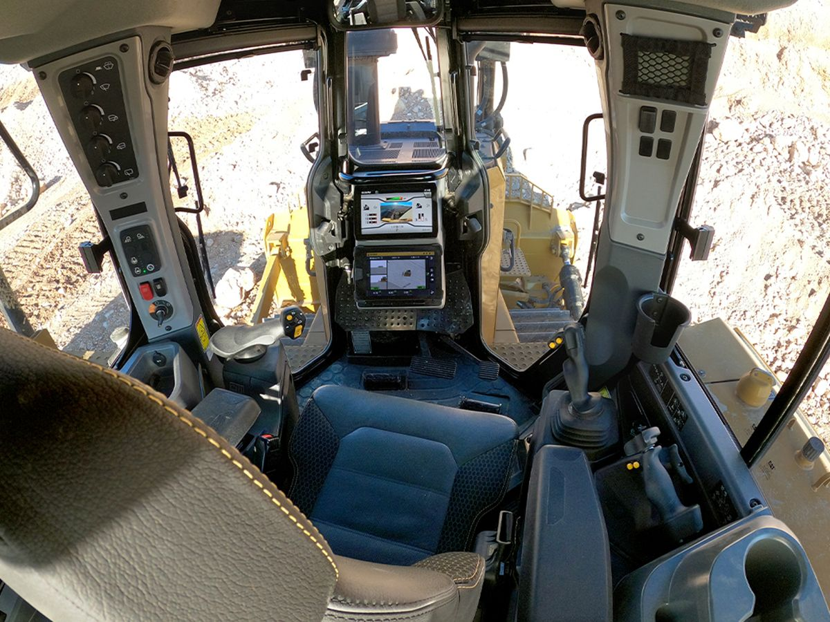 Cat D7 Dozer Comfort and Visibility
