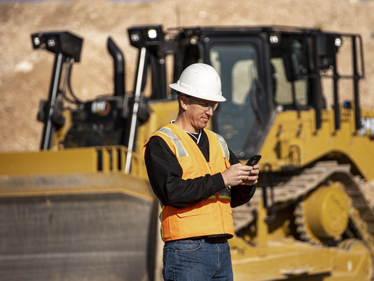 Cat D7 Dozer Connect to Greater Efficiency