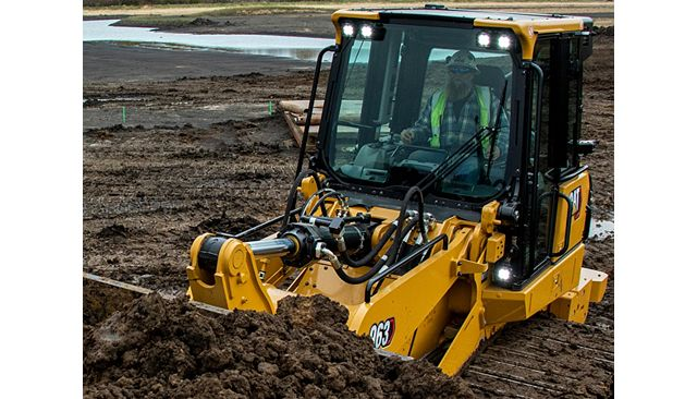 963 Track Loader is Easy to Operate