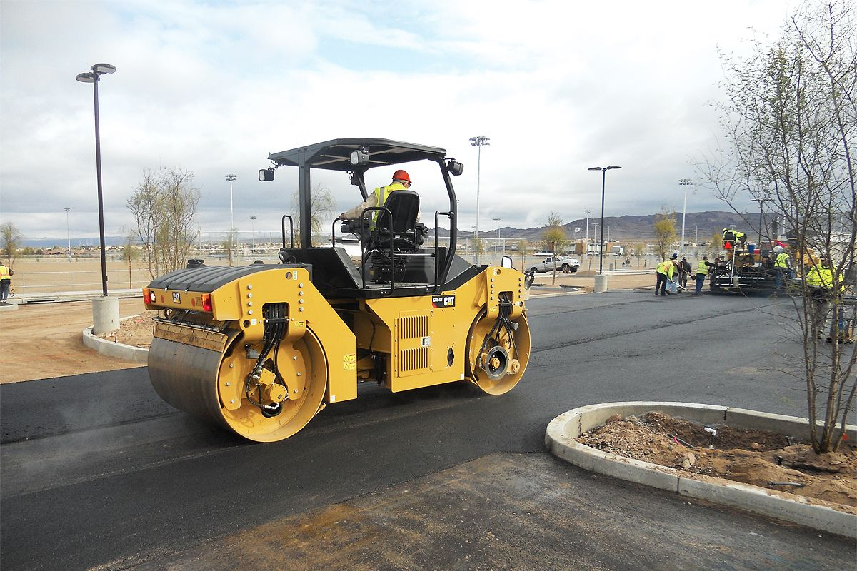 Cat Compact with Auto Adjustable Compaction