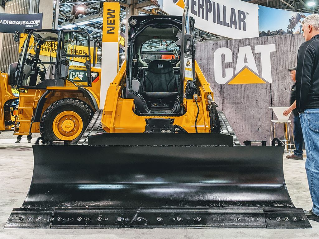 Caterpillar Display Compact Track Loader