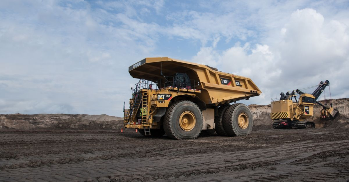 Cat® MINING TRUCK NAMED THE COOLEST THING MADE IN ILLINOIS