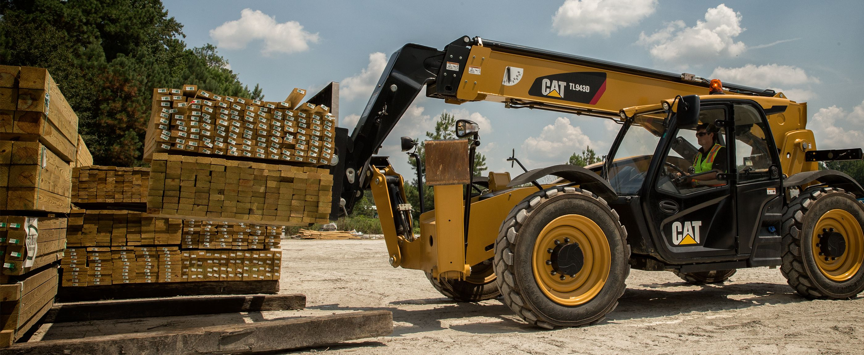What Is a Telehandler Used For? 5 Main Uses