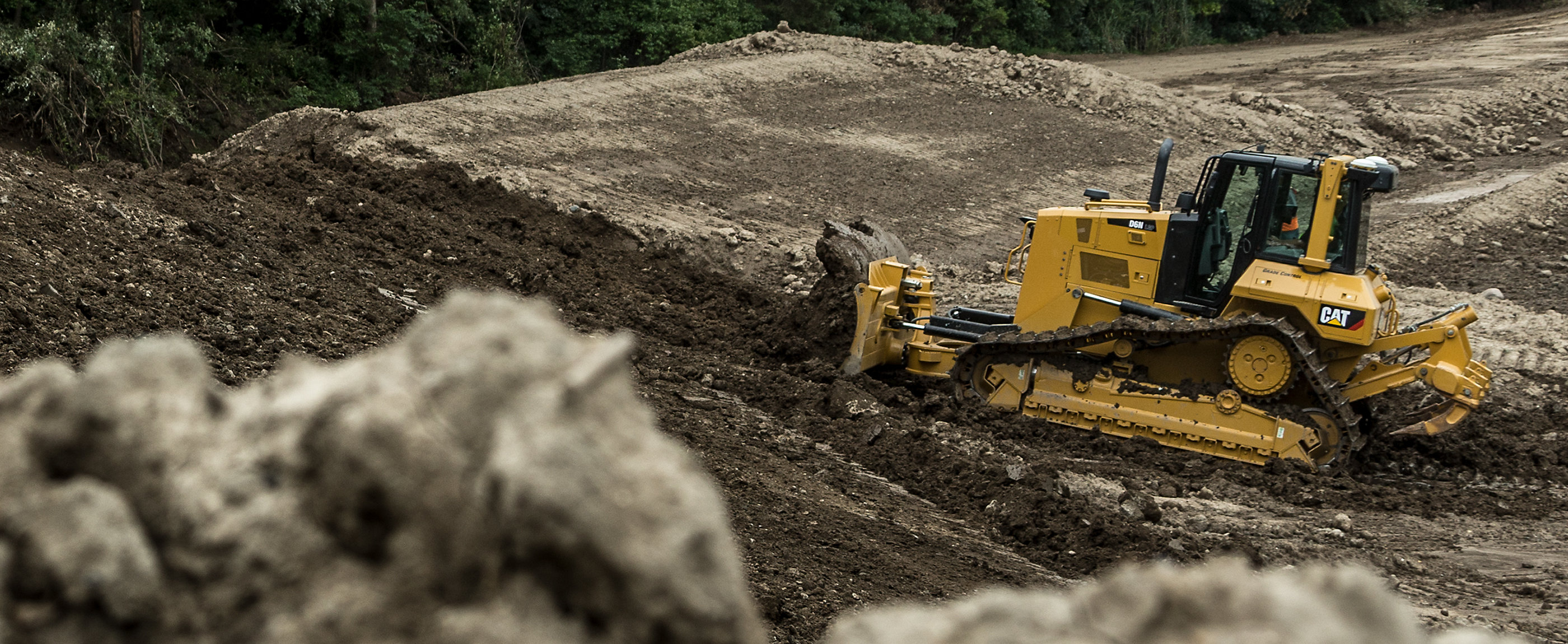 Caterpillar and your local Cat® dealer offer special financing and more on Cat machines.