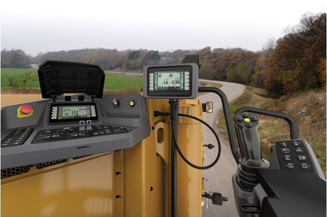 Cat PM310 operator station