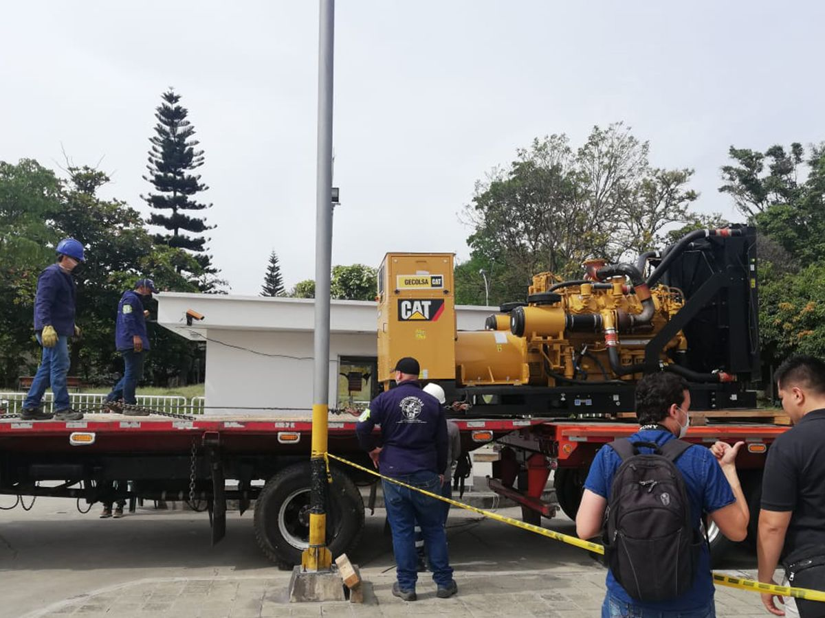 Cat® dealer facilitates delivery and setup of gensets at temporary hospital in Colombia
