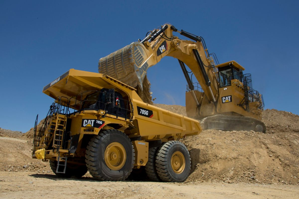 Cat 785G at Tucson Proving Grounds