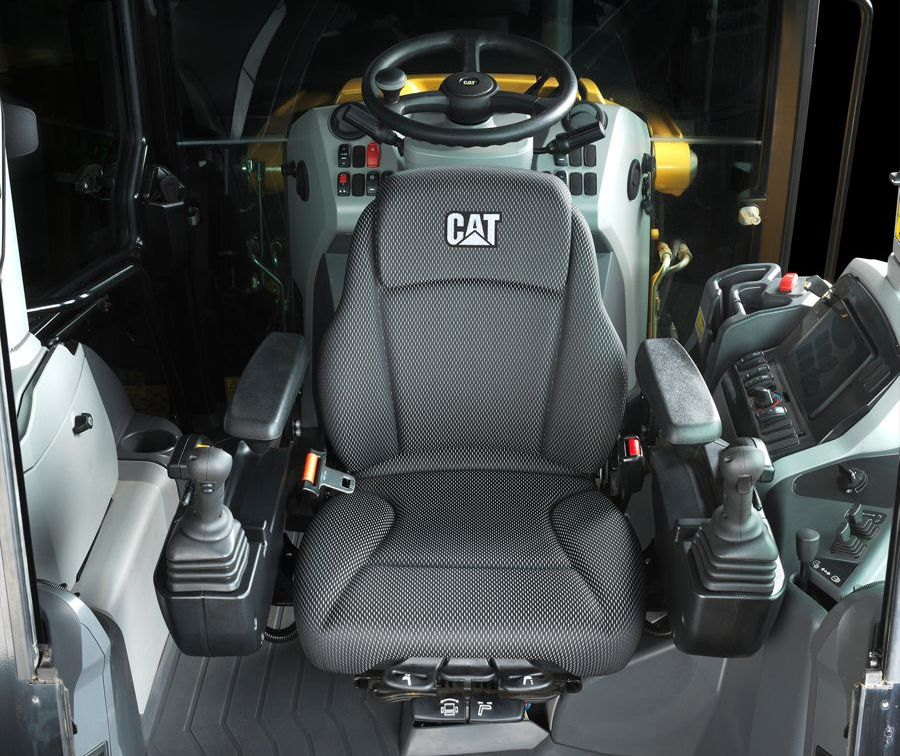 Feel how Cat® Backhoe Loaders are more comfortable than ever with the new Seat-Mounted Controls for models 420 XE and 440.