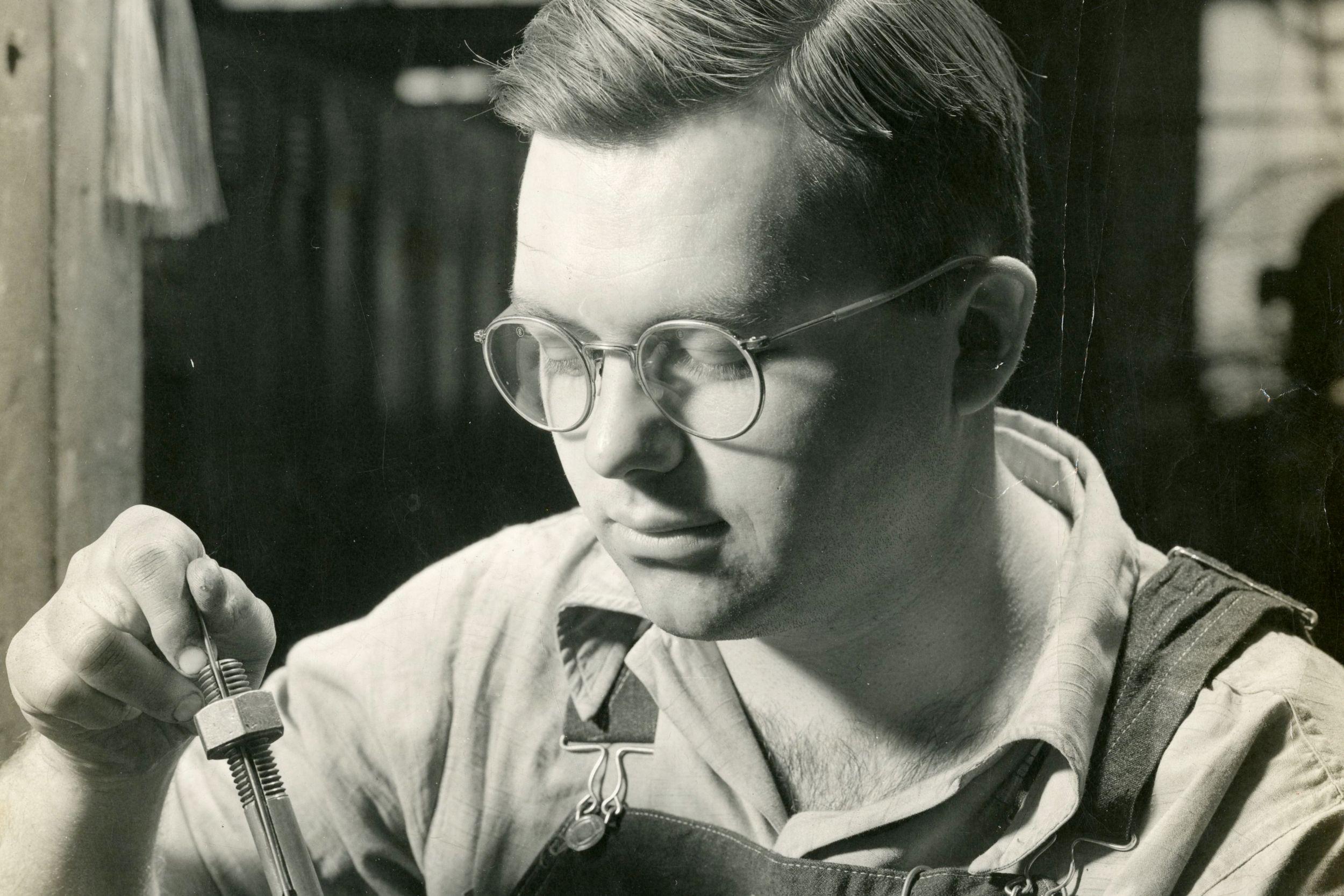 Robert Eckhart