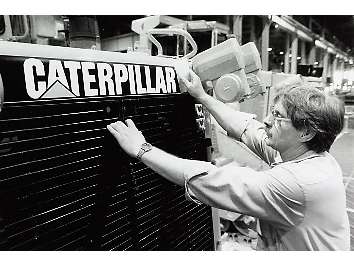 Caterpillar Tractor Co. changed to Caterpillar Inc. in 1986.