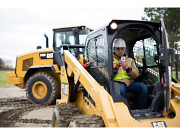 Wherever you use your smart phone — around the jobsite, in your parked vehicle, even in your machine — you can use the Cat® App.