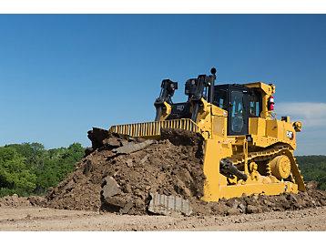 Cat D9 GC Dozer pushing dirt