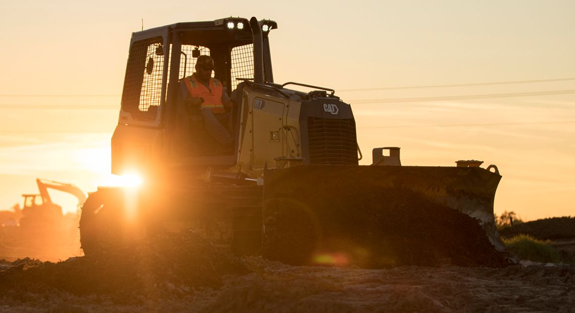 The next generation of Cat small dozers
