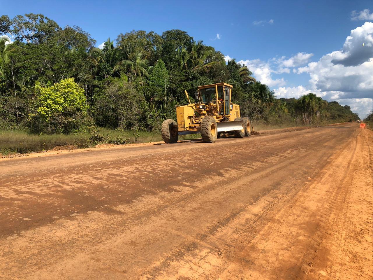 Máquinas Cat farão manutenção e preservação de estradas no Amazonas