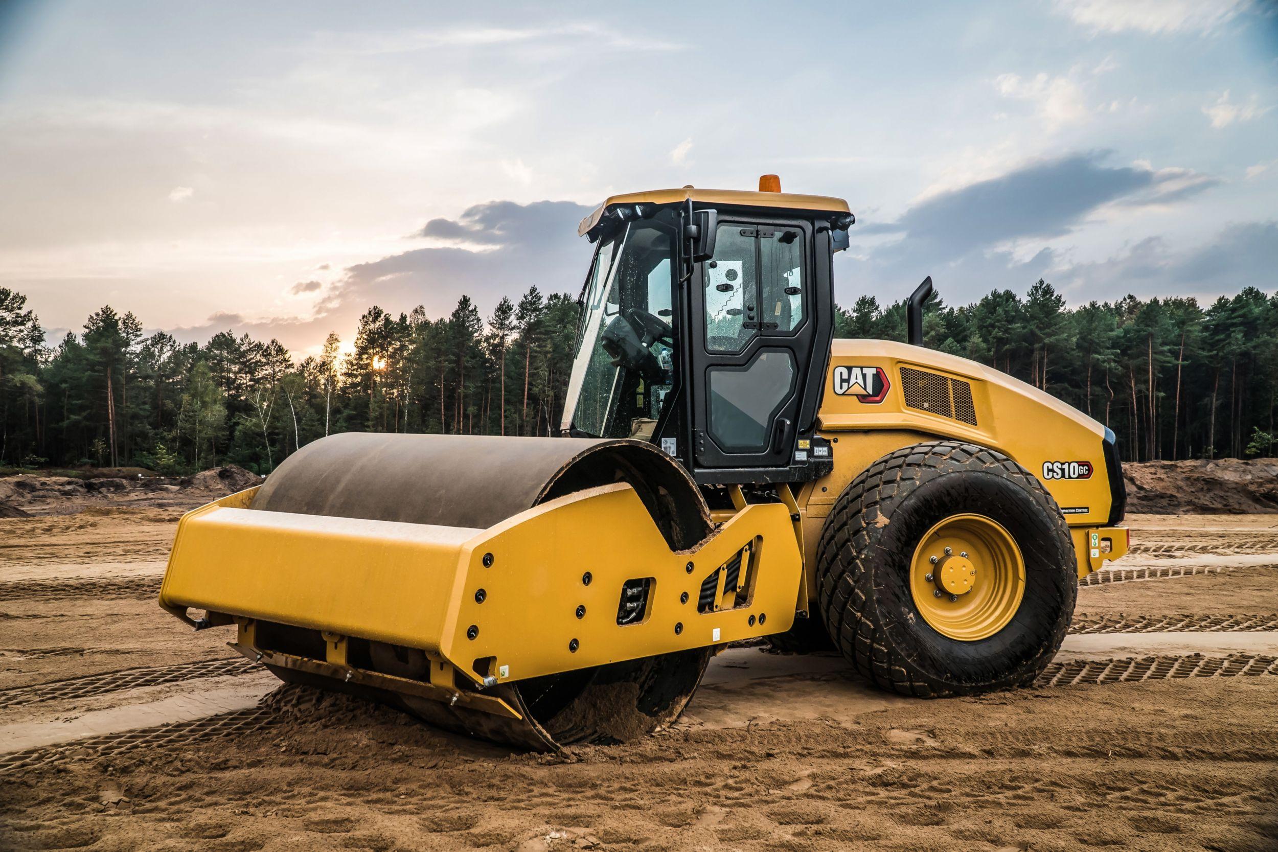 CS10 GC Vibratory Soil Compactor