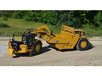 Cat 657 Wheel Tractor-Scraper