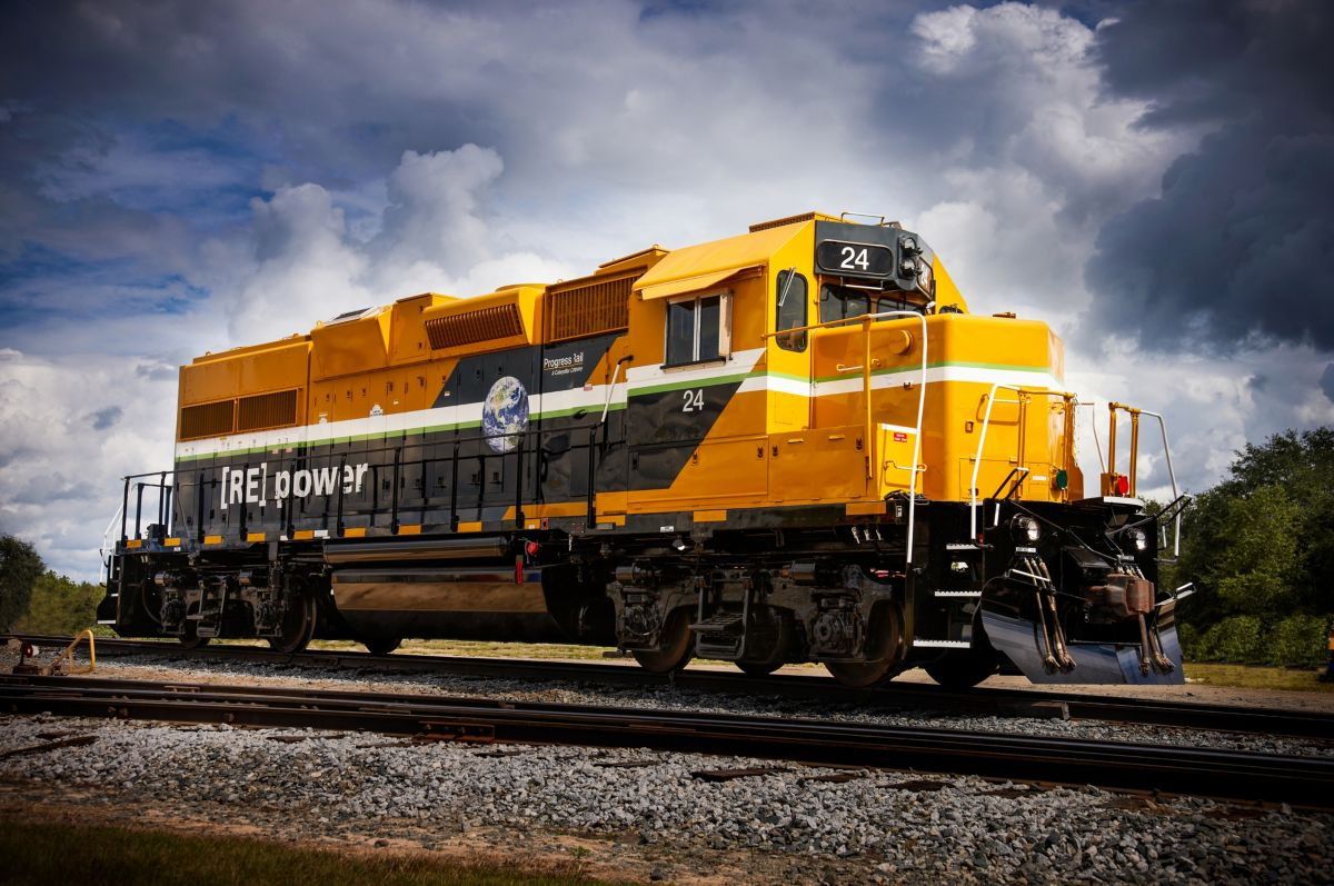 How We Take an Older Locomotive and Make It a Smart, Connected Machine