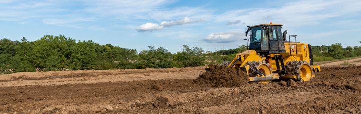 New Cat® 815 Soil Compactor