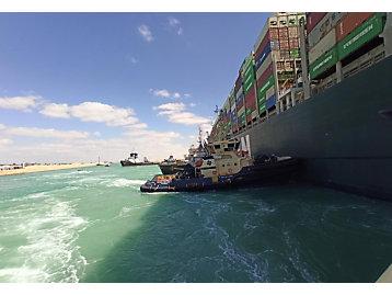 Svitzer Port Said 1 pushing Ever Given