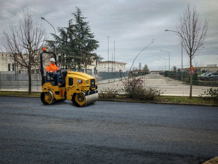 Skid Steer and Compact Track Loaders - CC2.7 GC