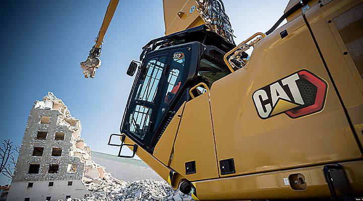 Cat Excavators for Demolition