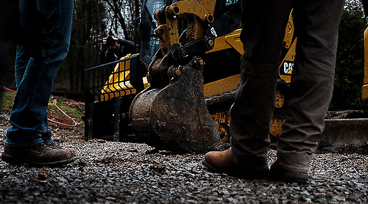 Caterpillar Wins Heavy Equipment Contract, Acclaim for Cooperative Purchasing Process