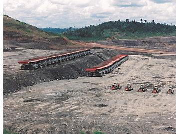 Fleet of Cat 789B Off-Highway Trucks, 2000.