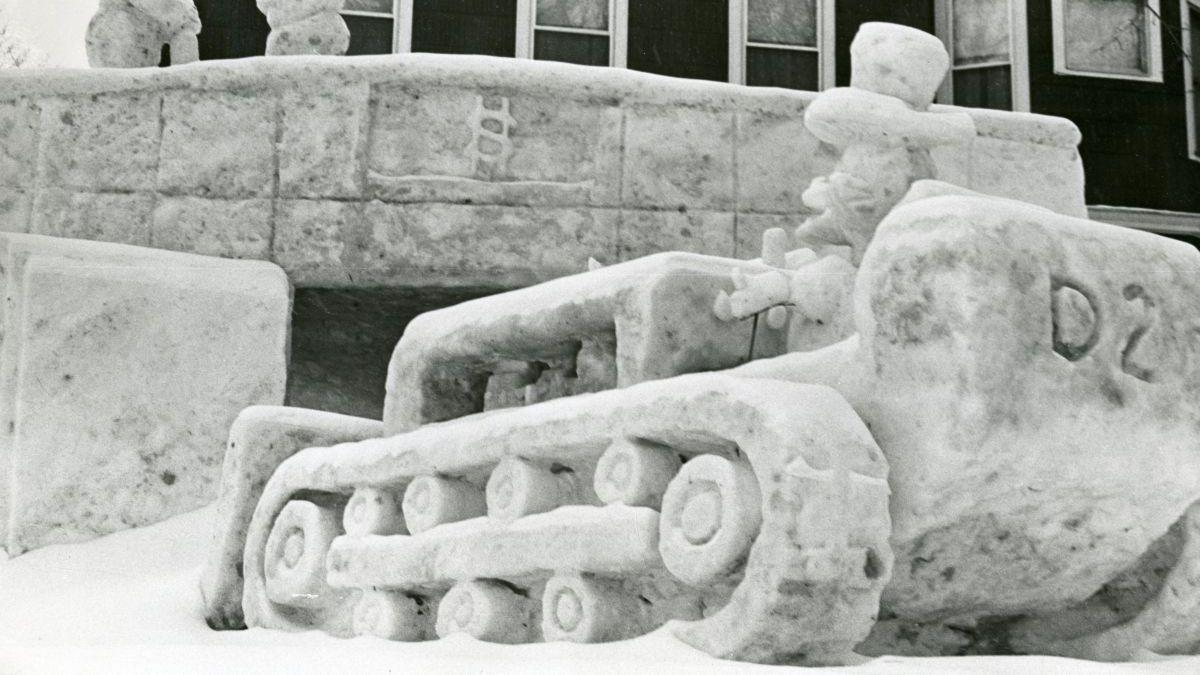 Caterpillar D2 Track-Type Tractor Snow Sculpture