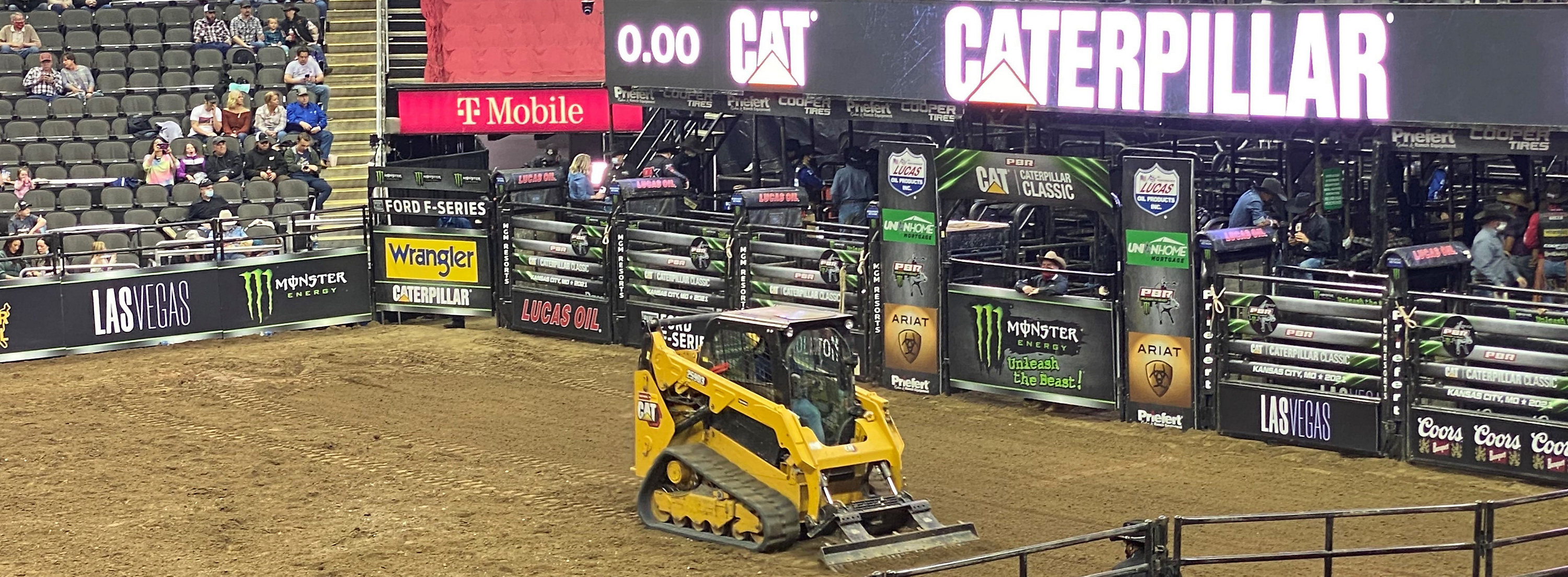 Exclusive Cat® benefits for PBR attendance