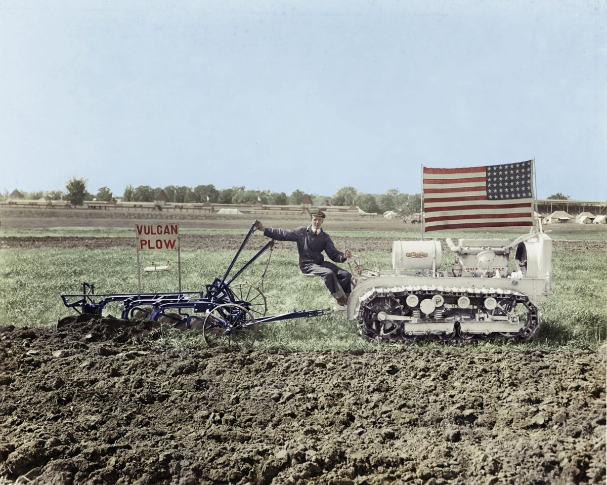 Holt 18, Track-Type Tractor, 1916 (Colorized)